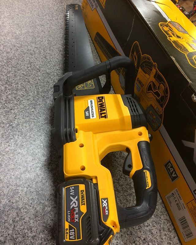 Dewalt 54v Alligator Saw. Now available for purchase in store and on the web as a kit form or body form. Direct link to all new 54v tools on the web. www.romfordtools.com #dewalt #dewaltxr #flexvolt