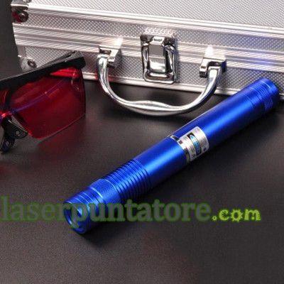puntatore laser Verde è la più visibile del laser, il puntatore laser con una potente energia. Analogamente, il prezzo della penna laser verde è relativamente basso, poiché la tecnologia di produzione laser verde più avanzato, più qualificati.