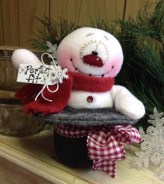"Primitive HC Holiday Christmas Doll Snowman Snowflake Top Hat 6.5"" Super Cute! #IsntThatCute #Christmas"
