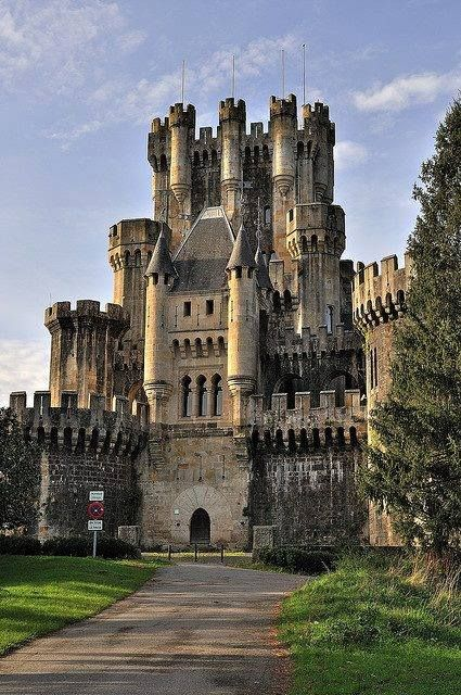 CASTLES OF SPAIN - Butrón castle located in Gatika, in the province of Biscay, in northern Spain. It dates originally from the Middle Ages, although it owes its present appearance to an almost complete rebuilding begun by Don Francisco de Cubas (also known as Marquis of Cubas) in 1878.