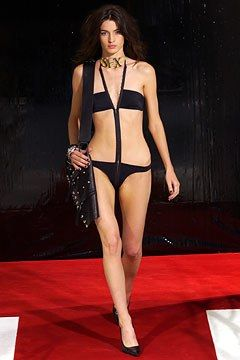 Dolce & Gabbana Spring 2003 Ready-to-Wear Fashion Show - Amanda Moore