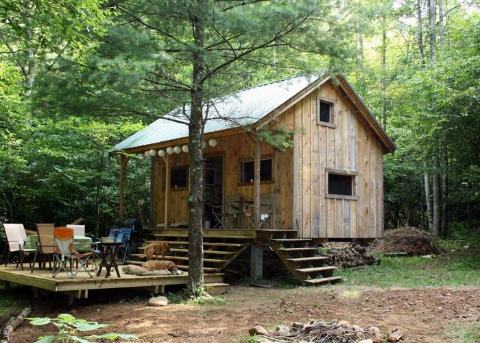 1000 ideas about cottage kits on pinterest living room for Self sufficient cabin kits