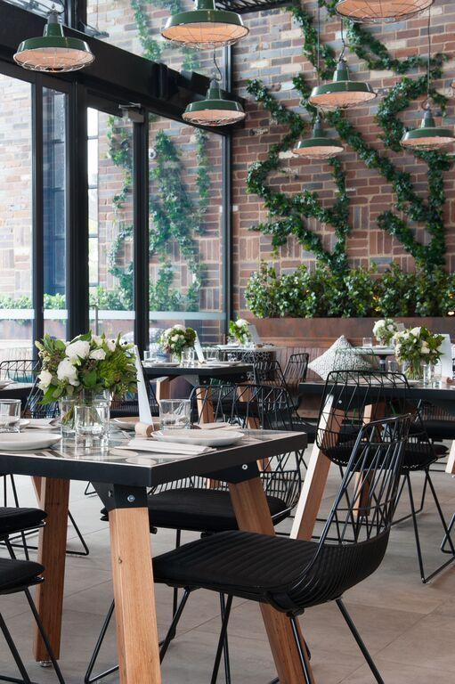 junction moama interior - Beaded Inset Restaurant Interior
