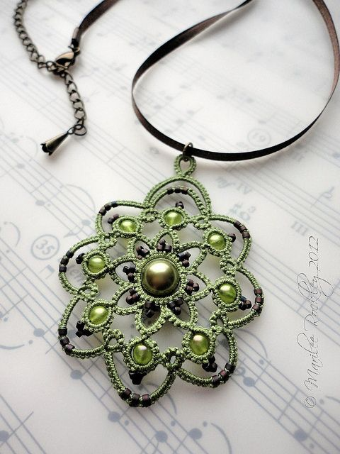 Rotation tatted pendant in green by yarnplayer, via Flickr