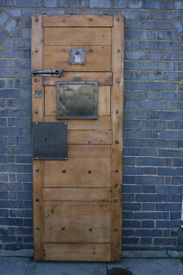 These restored Victorian pine and iron prison cell doors were removed from the former Clerkenwell Prison London. & 79 best Doors Windows \u0026 Mirrors images on Pinterest | Antique ... Pezcame.Com
