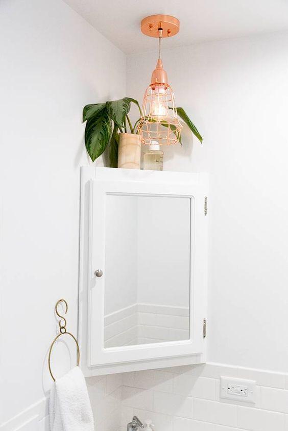 Corner Bathroom Mirror: 25+ Best Ideas About Corner Mirror On Pinterest