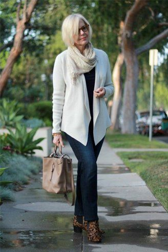 Vintage jeans fashion For Women Over 50