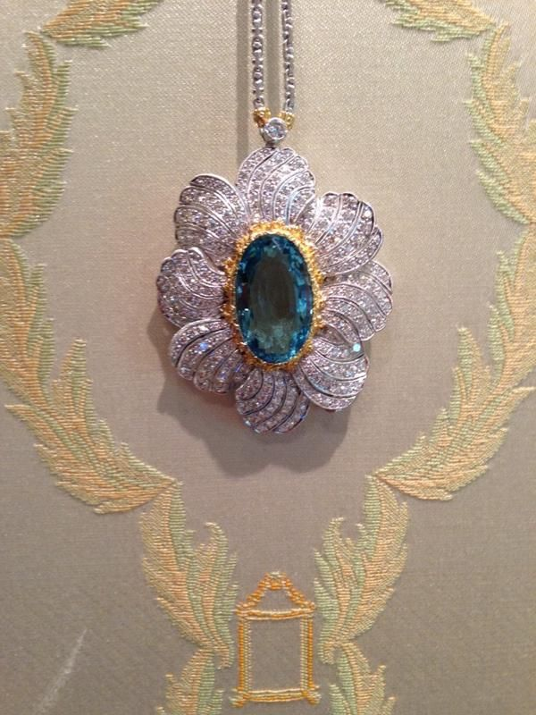 18K White and Yellow Gold Brooch Pendant with Aquamarine and Diamonds.
