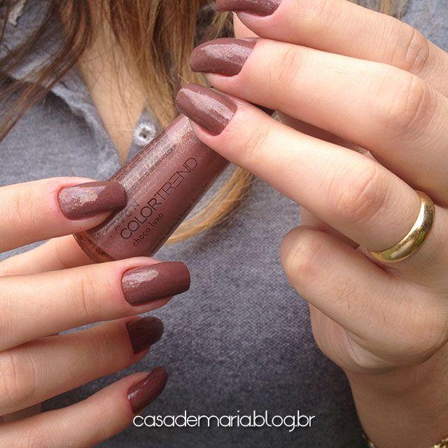 Meninas que amam unhas também devem gostar de maquiagem né? Sigam lá minha pasta de maquiagem