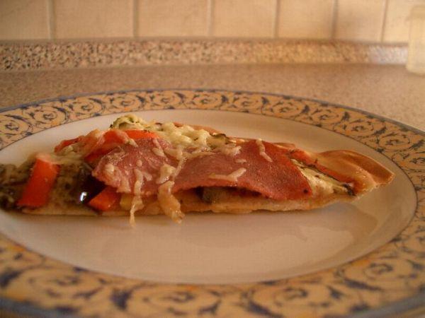Jednoduche tenoulinke pizza testo (nelepi se) fakt mnamozni a velice rychle