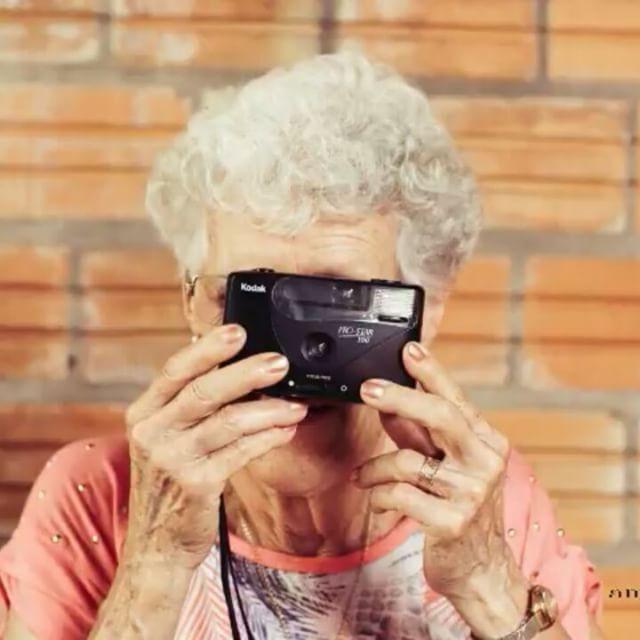 Di PATATA al día de los abuelos! 😍👍😍😍 #bloggerdemoda #bloggerdepamplona #bloggerdelogroño #superfeliz #moda #instavideos #instavideo #bloggerespaña #bloggerdemoda #inspiracion #inspiraziondeldia #cafe #peroprimerocafe #butfirstcoffee #besis #hola #abuelo #abuelos #abuelos❤️ http://amp.gs/Z77P