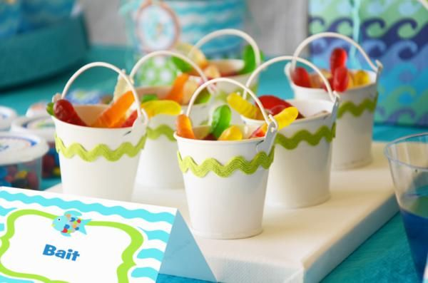 Cute for party favors fish bait gummy worms little for Fishing birthday party