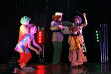 Hamina Teenage Circus provides supervised experimenting with circus equipment for groups, and other ancillary services.