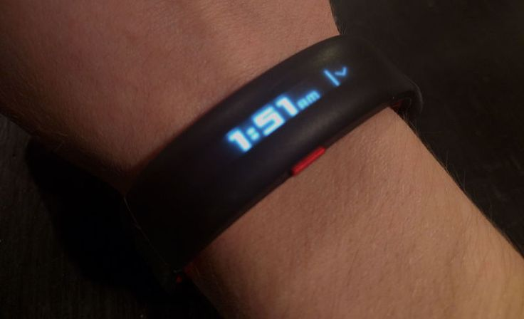 HTC and Under Armour's New Wearable is a Boring, Simple, But Pretty Great Fitness Friend