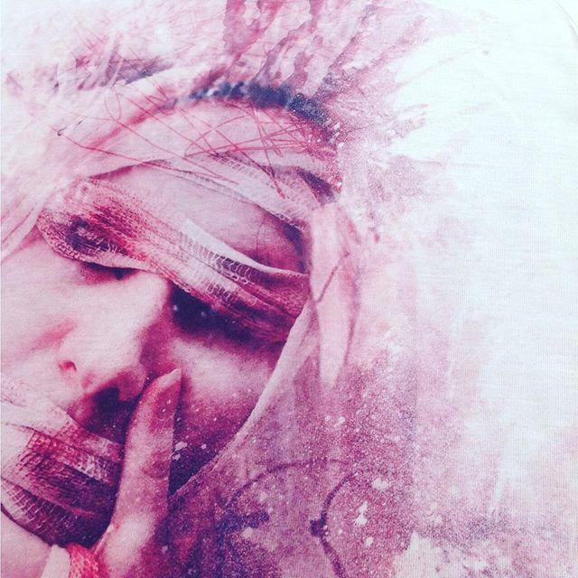 Wear the Art! #relax #art #masterpiece #pink #girl #creative #bestoftheday #artist