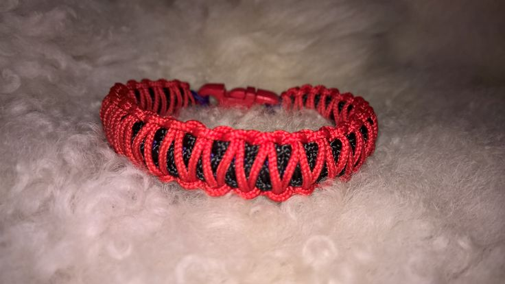 Microcord king cobra bracelet
