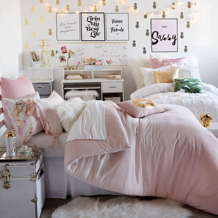 Hello Gorgeous Room: Show Off Your Bright Personality With The Hello Gorgeous
