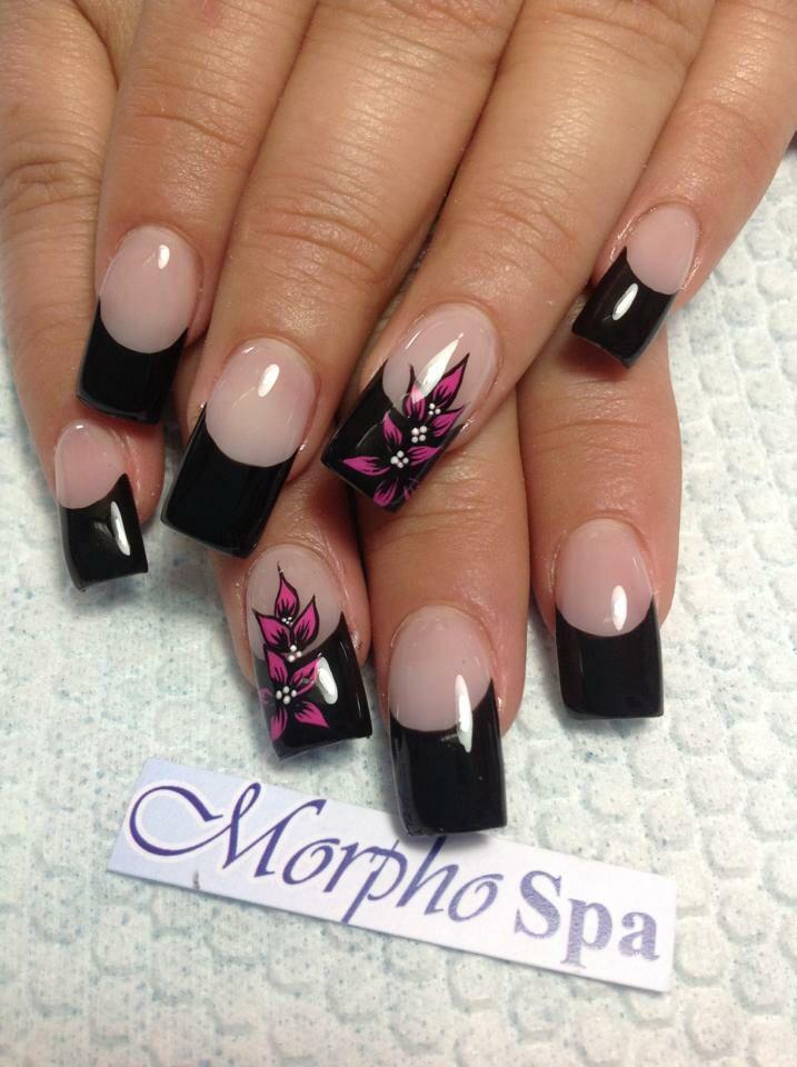 Negro con flores
