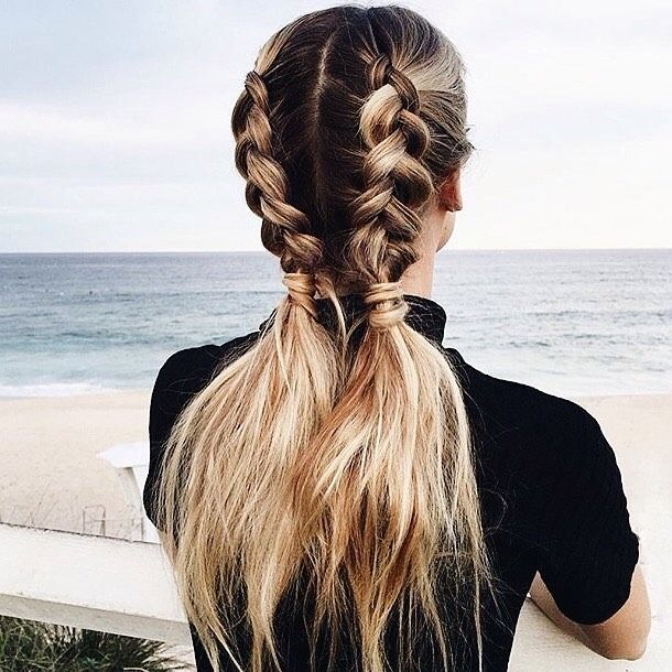 ::Babes on the go are sure to love this half-braid pony hairstyle.::