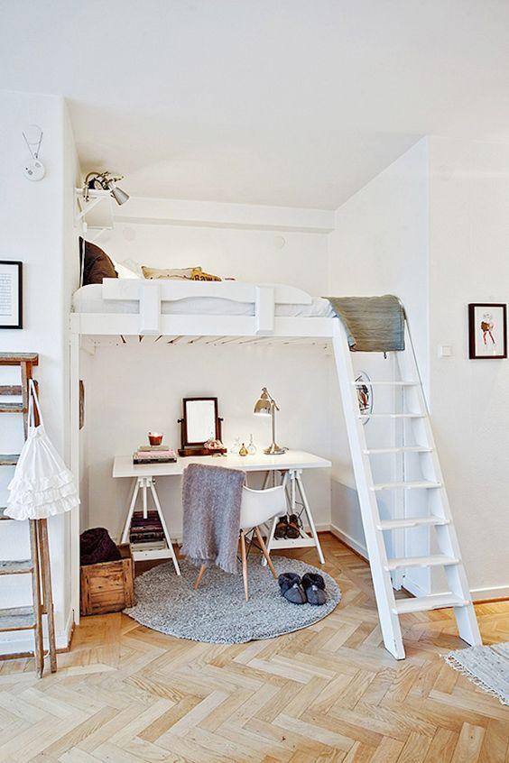 10 soluciones para habitaciones pequeñas  #habitaciones #pequeñas #hogar #decoración #aprovechar #espacio #cama #alta #elevada www.hogardiez.com
