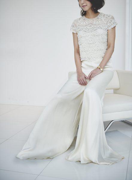 働く女性の新定番♡「パンツスタイル」のウエディングドレスのススメ - Yahoo! BEAUTY