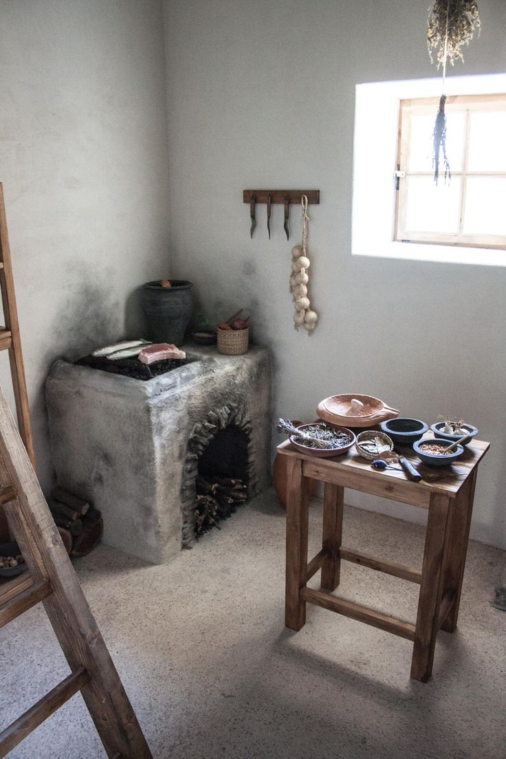 Reconstructed Living Room Triclinium Fishbourne Roman Flickr - Reconstructed roman kitchen in the painting house own work photo by szilas in the aquincum