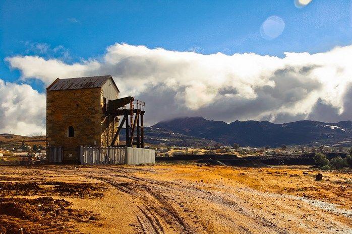 Kyk net hoe pragtig is die ou myn-pomp in Okiep, Noord-Kaap.