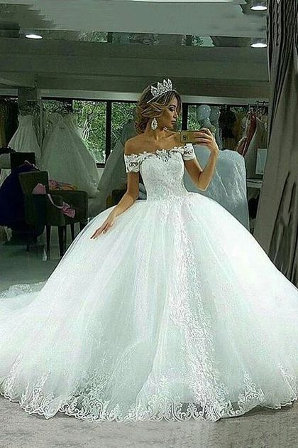 2019 Ball Robe Marriage ceremony Clothes Boat Neck Tulle With Applique Court docket Practice US$ 279.00 STP43BQR6G