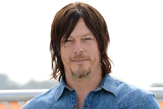 WATCH: Norman Reedus, Khloe Kardashian and Danny DeVito Play Charades
