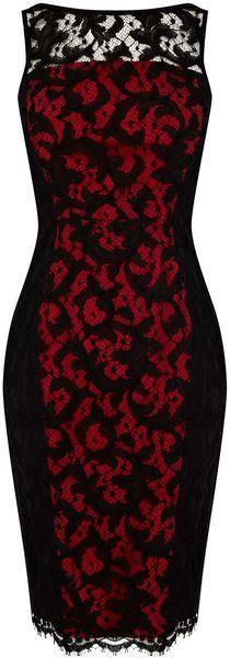 Vestido rojo con encaje negro.