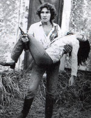 """Lucia Alves (Potira) e Claudio Cavalcanti (Jerônimo), """"Irmãos Coragem"""" (1970)"""