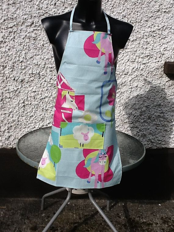 Funky Pink Pony Aprons by Molliesdollsandgifts on Etsy, €10.00