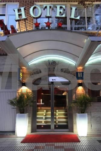 Hotel Villa De Barajas Madrid Is Set Near Airport And The Ifema Congress Centre Rooms Have Free Wifi