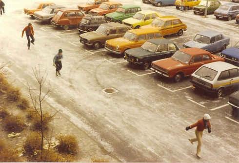 1978, schaatsen op straat.