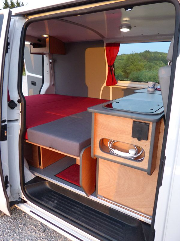 17 best ideas about minivan camping on pinterest suv camping suv tent and car tent - Van plan interieur ...
