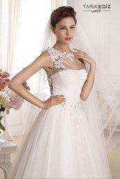 Tarik Ediz свадебные платья украшенные цветами