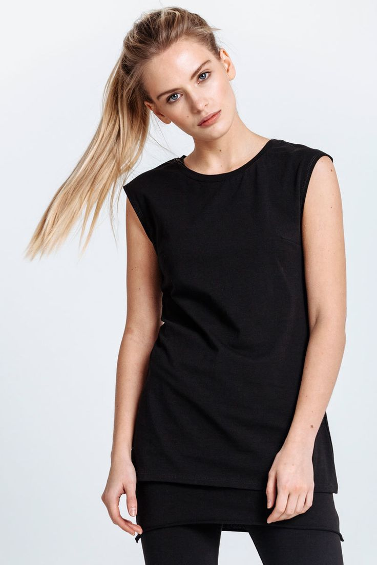 Casual T-shirt made of black jersey. Pinched tucks accentuate the figure line.   #mariashi #fashion #nofilter #outfit #outfitoftheday #outfits #outfitpost #clothes #fashionista #fashiondesigner #shopping