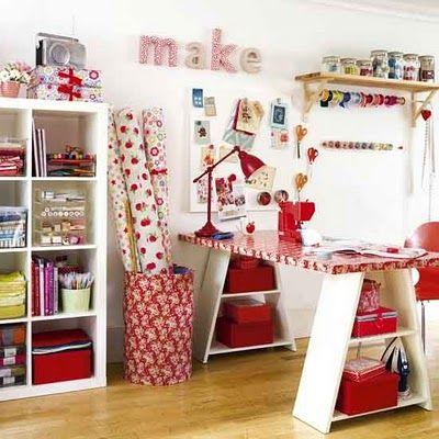 inspiring craft roomSewing Room, Sewingroom, Crafts Spaces, Crafts Room, Room Ideas, Crafts Tables, Craftroom, Craftsroom, Craft Rooms