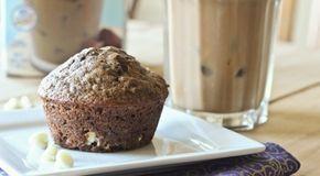 Koken met Fannetiek: coffee protein muffins 100 g amandelmeel 1 scoop vanille whey poeder een half zakje bakpoeder 60 g Griekse yoghurt / (magere) kwark kan ook 60 ml melk naar keuze (ik gebruik ongezoete amandelmelk) 1 ei beetje vanillesuiker voor de zoetekauw 1 shot espresso PAM spray Muffinblik