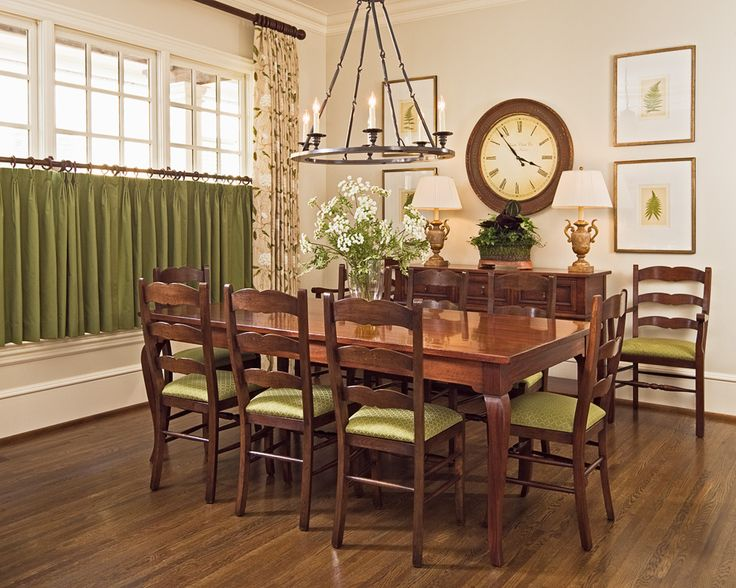 Casual dining dinng decor pinterest casual for Casual dining room curtain ideas