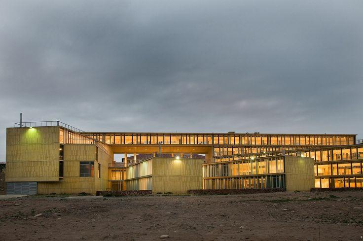 Galería de Edificio MOPTT La Serena / Teodoro Fernández Arquitectos - 14