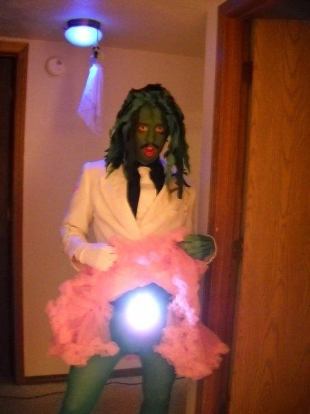 The Best Of This Year's Halloween Costumes - BuzzFeed Mobile.g. Old Gregg is the clear winner here.