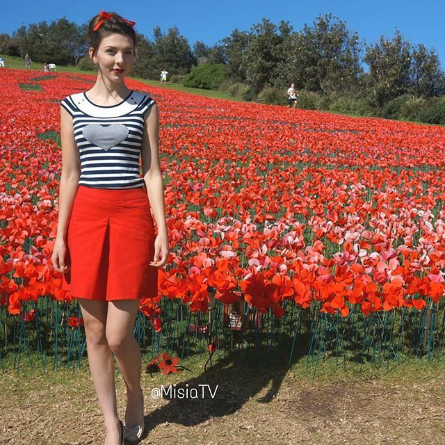 The #AnzacDay #poppy display in #Terrigal  #InstaStyle #InstaHair #Bow #ReviewGirl #ReviewAustralia #StyleInspiration #Outfit #Style #Fashion #Hair #HairStyle #HairDo #HudaBeauty #Ootd #Braids #DutchBraids #InstaBraid #PerfectHairPics #MisiaTv #Wittner #Portmans #HairsAndStyles #FeatureFridayStyle  @learntostyle @hairsandstyles @hudabeauty @review_australia @wittnershoes @portmans_