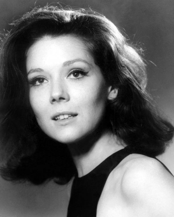 young diana rigg 1 in 2020 emma peel avengers girl dame diana rigg emma peel avengers girl dame diana rigg