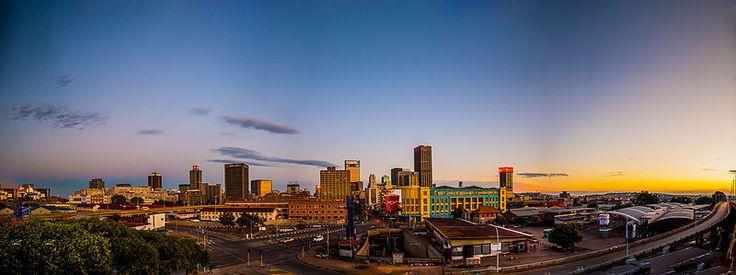 Johannesburg offre come nessun'altra città sudafricana uno spaccato della travagliata storia del Sud Africa. Non solo spiagge e safari, Museo…