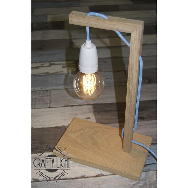 Crafty Light - modèle Blue Light Et soyez libres de choisir votre couleur de câble textile pour marier cette lampe vintage à votre déco !