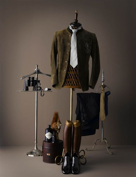 Good use of a dress form and props to display men's clothing