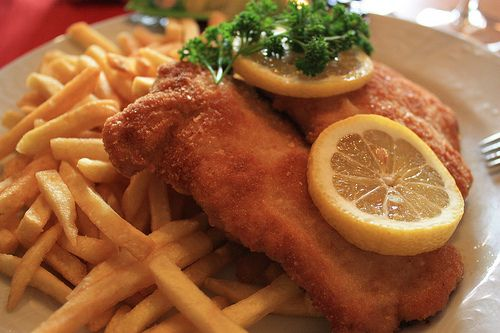 7 Badass Bavarian Foods You Must Try - and one of them is Schnitzel #Munich style