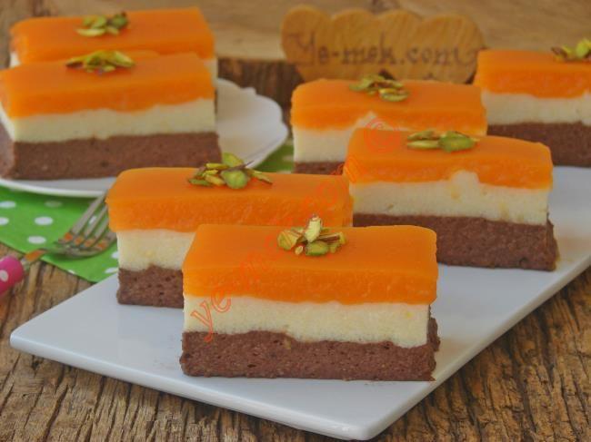 Üç Renkli İrmik Tatlısı Resimli Tarifi - Yemek Tarifleri