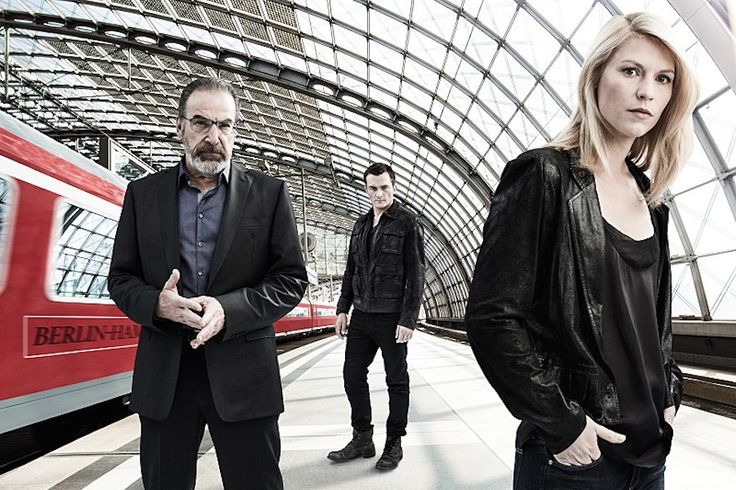 Mandy Patinkin as Saul Berenson, Rupert Friend as Peter Quinn, and Claire Danes as Carrie Mathison in a publicity still from Homeland, Season 5. Photo by Jim Fiscus/SHOWTIME
